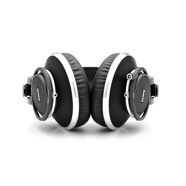 AKG K812 Professional Reference Headphones (2)