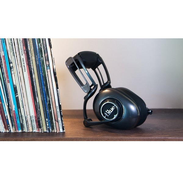 Blue Microphones Mo-Fi Powered High-Fidelity Headphones with Integrated Audiophile Amp (4)
