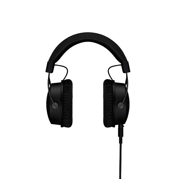 Beyerdynamic DT1770 250OHM Pro Closed Studio Reference Headphones (4)
