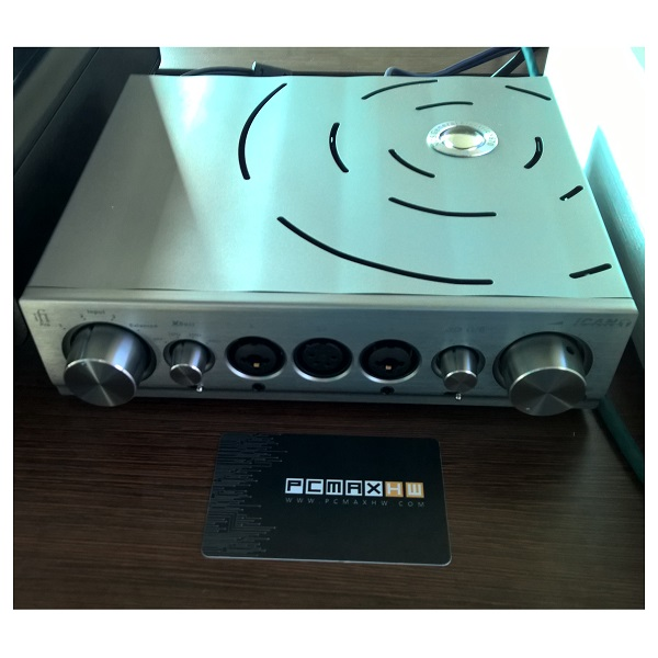 IFI Audio Pro iCan Hybrid Fully Balanced Class A Solid State & Tube Amplifier (4)