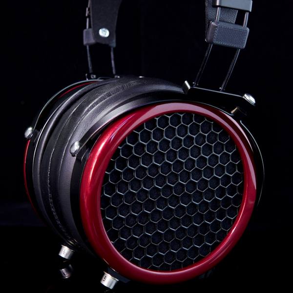 Mr.Speakers Ether V-Planar Magnetic Over Ear Headphones (1)