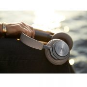 bang-olufsen-beoplay-h9-wireless-over-ear-headphone-5