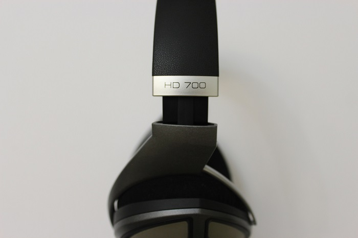 Sennheiser-HD700-Review-Iran-WWW.PCMAXHW